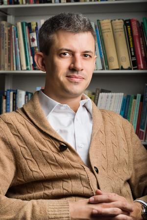 Krönikören Peter Santesson är liberal skribent, fil. dr i statsvetenskap och opinionschef på Demoskop.