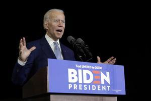 En av Demokraternas presidentkandidater förra vicepresidenten Joe Biden. Foto: AP Photo / Marcio Jose Sanchez.