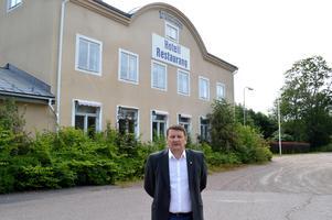 Gamla byns vd, Jan Näslund, menar att det är bättre att en privat aktör tar över Bruksklubben än att det ska skötas kommunalt. Foto: Laura Patnaik