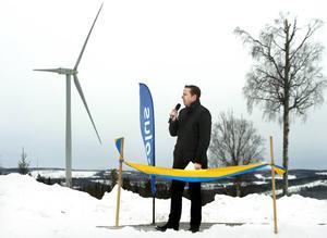 Invigningstalaren Per Witalisson är vd för Eolus Vind AB. Vindkraftverken i Nötåsen i Holm är de största om företaget hittills har byggt.