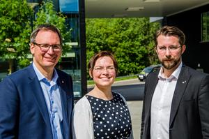Peder Björk (S), Christiane Rüdiger (V), Hans Forsberg (C) fortsätter styra Sundsvall.
