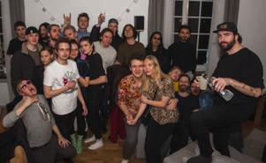 Privat efterfest med Klubbsugna västeråsare. Foto: Fabian Zeidlitz
