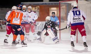 Björn Hellman har gjort sitt i Kalix – nu är frågan vem som ska vakta målet kommande säsong.