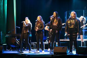 Till helgen blir det livemusik från estetprogrammet i Sveasalen.