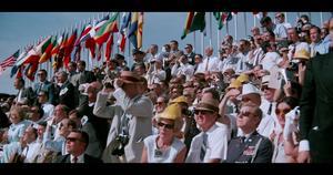 Amerikaner har samlats den 16 juli 1969 för att bevittna Apollo 11:s uppskjutning. Foto: Biografcentralen