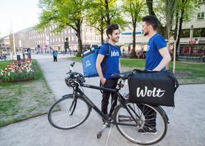 Företaget Wolt står för kläder och väskor. Cyklar får buden fixa på egen hand.