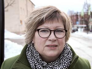 Kerstin Söderlund vill inte kommentera försäljningen av sitt och makens hus på Grönalid i Vansbro.