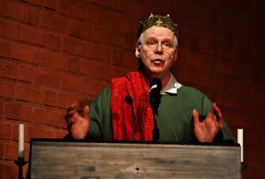 Herodes spelades av Jan-Erik Aspfors från predikstolen. Foto: Kenth Wiklund