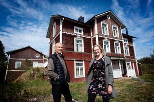 Stefan Andersson, ordförande i Näske bygårdsförening och Sofie Holmgren, verksamhetsledare för Bygdsam Nätradalen, jobbar nu gemensamt med Tolfhamn-projektet i Näske.