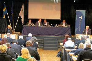 Denna gång möts regionfullmäktige i Borås. Bilden är från två år sedan, då regionfullmäktige sammanträdde i Skövde kulturhus.