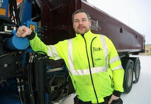Tony Johansson har sålt sitt företag med 30-talet anställda till Vimab AB i Motala.
