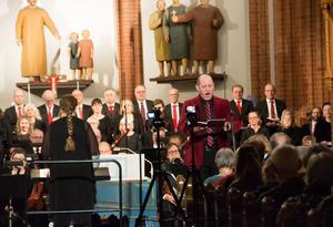 Mikael Stenbaek har ofta gästat Sundsvall med sin säkra, klangfulla tenorröst.