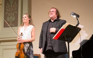 Cecilia Zilliacus och Christian Ihle Hadland kommer att spela in båda Saint-Saens violinsonater på skiva.