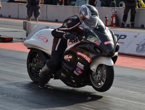 Anders Blanck, Gävle, är kvalfyra i Super streetbike.