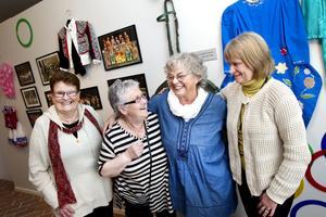 Före detta Furuviksbarn: Jill Lindström (ordförande i Veteranföreningen). Kickan Westerman, Birgitta Bergström och Christina Söderström.