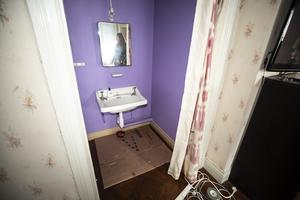 Varje sovrum är utrustade med ett eget tvättställ.