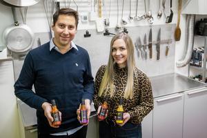 Christopher och Amanda Neighbors har startat såsföretaget El Chivo.