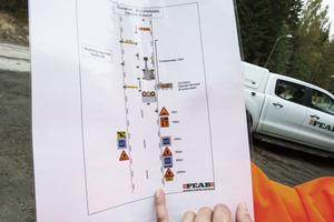 Såhär har Peab styrt upp säkerheten vid vägarbetet på 272:an mellan Ockelbo och Lingbo.