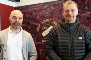 Kärlek, stolthet och tradition står det på väggen bakom Magnus Kuben Olsson och Jan-Eric Cabbe Callberg. Tre ord som kan sammanfatta känslorna i Edsbyn inför SM-finalen.