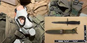 Foto: Polisens förundersökningsprotokoll. Vid en husrannsakan i Strömsund fann polisen bland annat en gasmask och två bajonetter.
