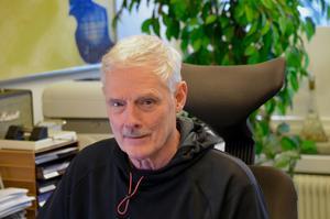 """Björn Forsell, distriktsordförande för Sverigedemokraterna i Jönköpings län, tycker att Hall Medias beslut angående annonsintäkter från SD är """"för jävligt""""."""