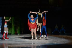 Även ett gäng superhjältar var på plats.