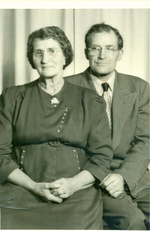 Nils-Åke Eklund i Örnsköldsvik skriver om sin faster Emma och Rudolf som emigrerade till Amerika.