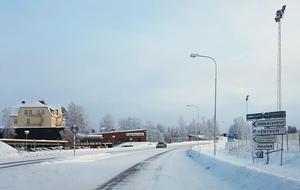 Skyltar som visar var man ska parkera behövs nu, skriver Hans Dahlström Åsander. Foto: Privat