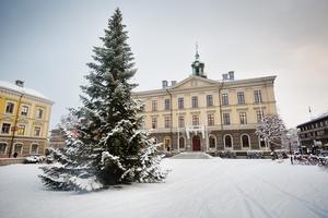 Det finns hjälp att få för dem som inte har råd att fira jul, skriver signaturen.