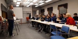 Avesta BK:s U15/16-lag har under hösten ubildats i grupputveckling.