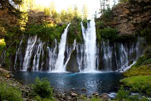Mäktiga vattenfall i Burney State Park, Kalifornien. Foto: Jamie Mallery