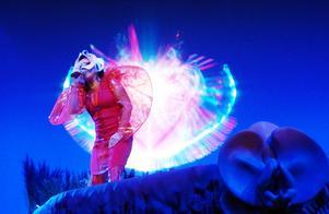 """Björk beskriver de två showerna den 9:e och 12:e april som en """"dress rehearsal"""", innan hon tar showen med sig ut i Europa i slutet av maj. I juli kommer hon till Dalhalla.Foto: Thomas Kolbein Bjørk Olsen"""