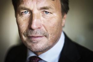 Advokat Thomas Bodström försvarar mannen från Kramfors, misstänkt för att ha dräpt sin sjuka fru tidigare i våras.