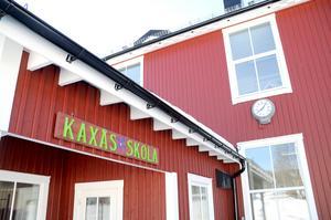 Foto: Atle Morseth Edvinsson Kaxås skola med 43 elever läsåret 2018/2019 är en av de små skolor som läggs ner i samtliga scenarion utom D, där man behåller skolstrukturen i status quo.