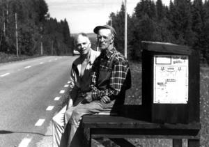 1990 var den gamla mjölkbryggan i Vigge i risigt skick. I stället för att riva och frakta bort den beslöt Ivan Persson att bygga en ny. Inte för att den då hade nån praktisk funktion, sedan länge hämtades ju mjölken i tankbilar utan för att