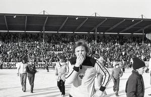 Stefan Karlsson, som här deppar efter SM-finalförlusten 1979, försvann tidigt från Broberg men hann sätta stora avtryck.