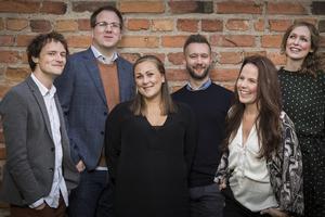 Vocado, med Torpasonen Joel Nilsson (tvåa från vänster) och Elina Hultman (längst till höger) från Medåker, gästar Torpa Bygdegård 12 oktober. Foto: Västmanlandsmusiken