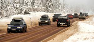 – Det är betydligt större risk att dö i jultrafiken om du kör på fel dag och fel väg, säger Erik Kjellin, trafiksäkerhetsansvarig vid Motormännen.