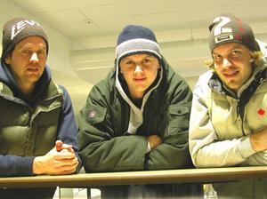 Johan Reineck (mitten) tillsammans med Johan Söderström (vänster) och Stefan Sterner (höger) var tre gamla Leksandsspelare som spelade för Nordic Vikings. Foto: Christer Klockarås/Arkiv