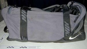 Väskan som Missing People hittade under sökinsatsen.
