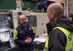 Basem Habib samtalar med yrkesläraren Morgan Åkesson som tyckte att Midrocs mekaniska verkstad skulle passa för honom efter utbildningen.