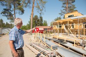 Lars Ericsson tog SA på en rundtur på området för att förklara hur byggprocessen varit.