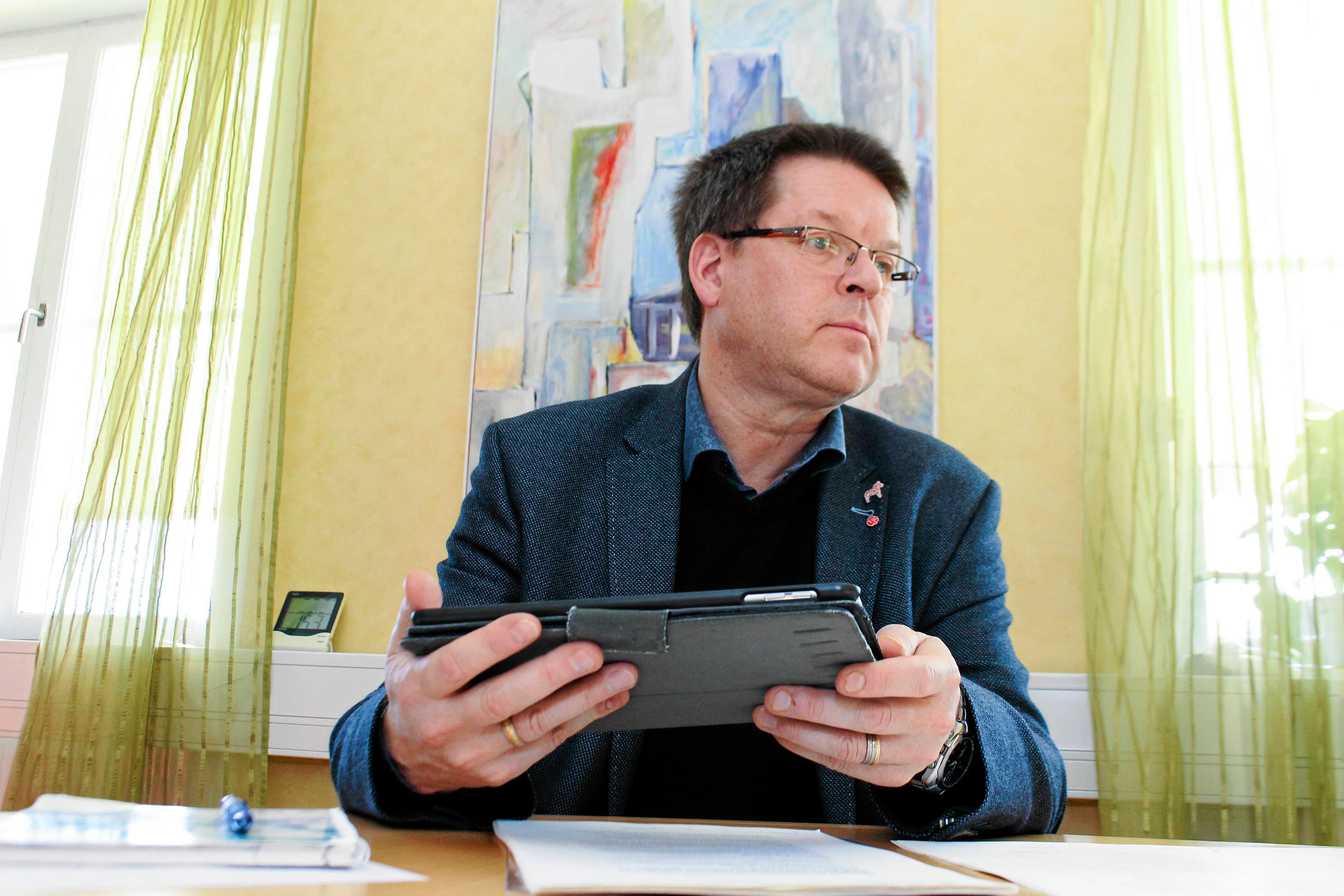 Leif Pettersson (S) ska styra Ludvika med forna huvudfienden Moderaterna. Dessutom ingår L och KD i den styrande koalitionen, enligt uppgifter till tidningen.