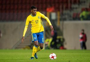 Alexander Isak närmar sig ett utlån från Dortmund.