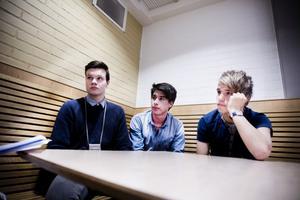 Den här dagen snackar alla på Bromangymnasiet om mappen som cirkulerar på nätet, menar David Åkerström, Patrik Jonsson och Olivier Lindh.