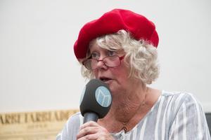 Birgitta Sevefjord eldade upp publiken såpass att det efteråt fanns intresse för att starta en Tantpatrull även i Gävle.
