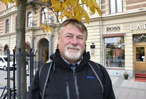 Roger Öberg, 52, egen företagare, Ljustorp: