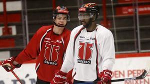 Han petas till extraforward när Kovacs debuterar – så ställer Örebro och Luleå upp