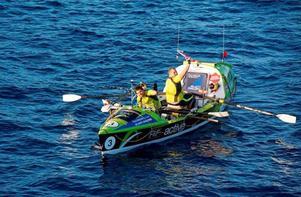 En halvtimme före midnatt, svensk tid, nådde Hedekillen Viktor Mattsson och Scott Etherington målet i en av världens tuffaste utmaningar.