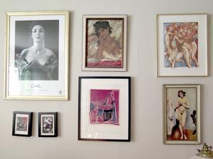 Kvinnor på väggen.